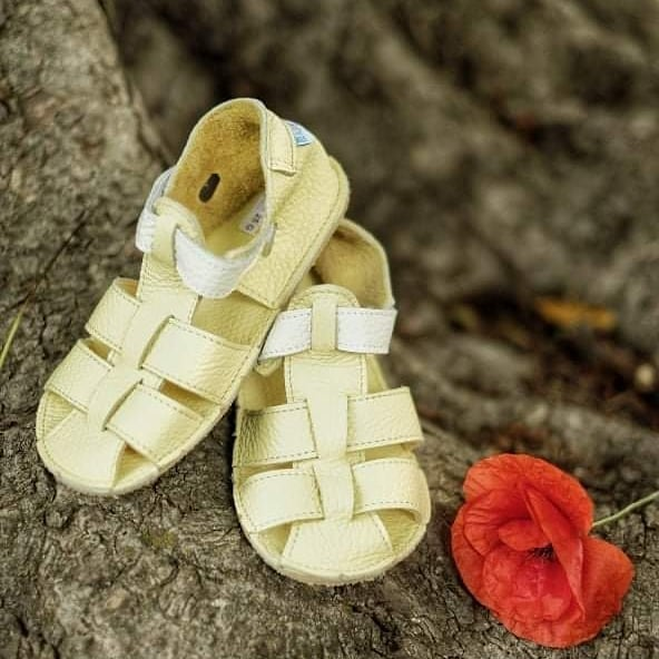Baby bare shoes Sandals Canary