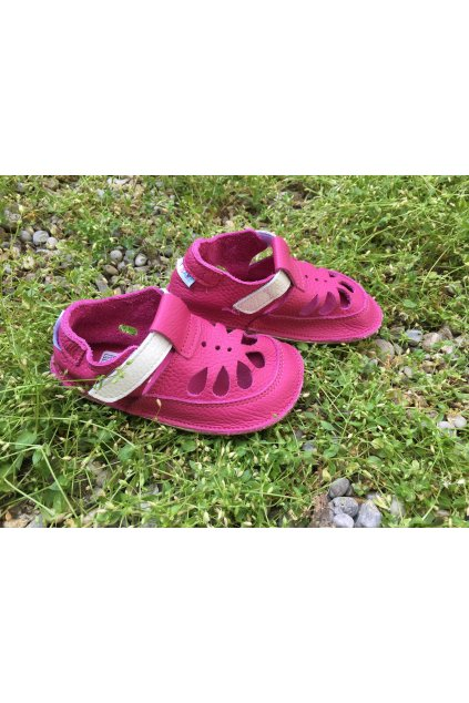 Baby bare shoes Summer perforation Waterlily